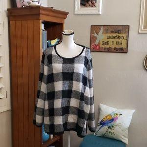 Lane Bryant Sweater Black and White 22/24